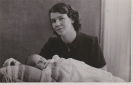 Freda as a baby in 1941 with Mum, Grace Broad